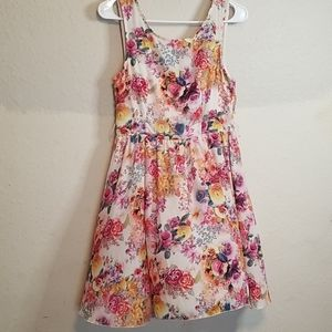 Vintage dress with flowers